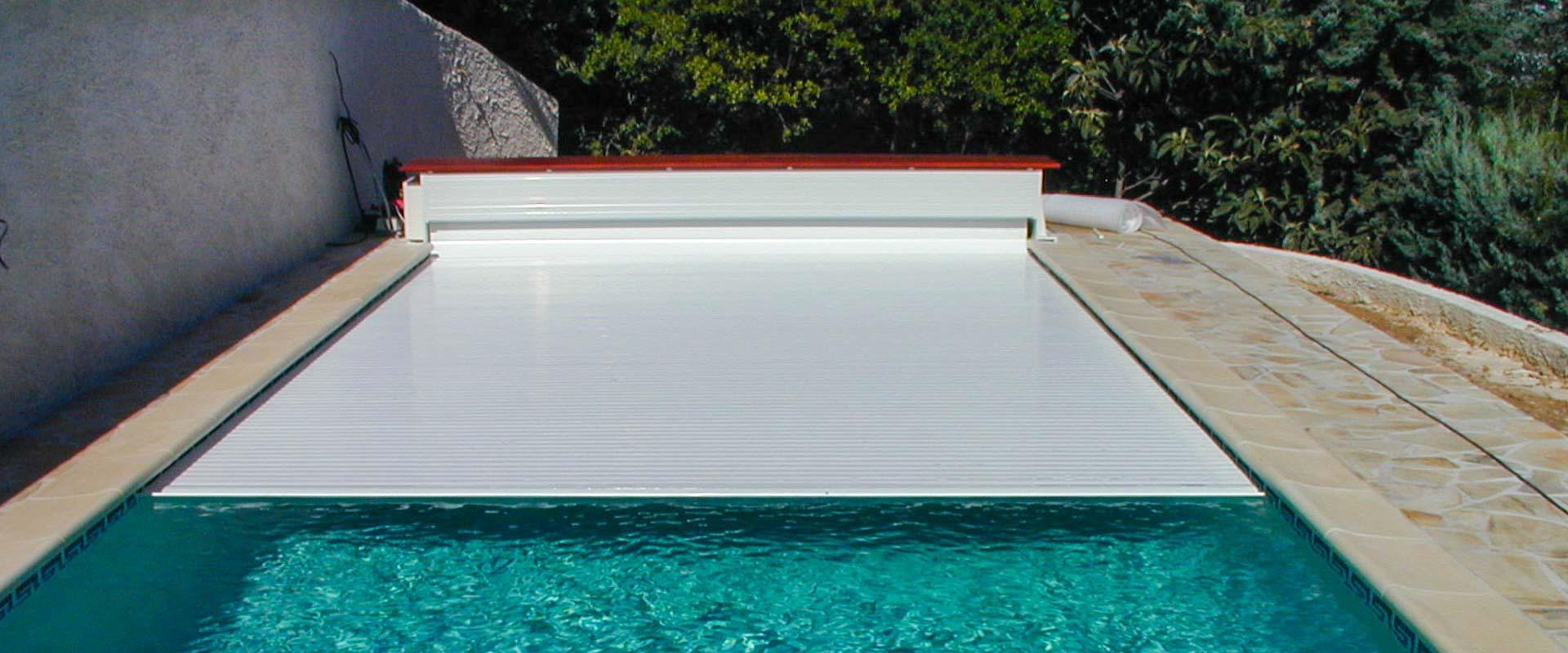 Volet de piscine rigide type light grando gmbh fr - Couverture piscine hors sol toulouse ...